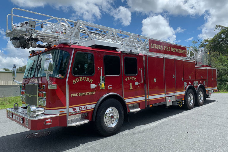 E-ONE® Delivers HR 100™ Ladder to Auburn (NY) Fire Department