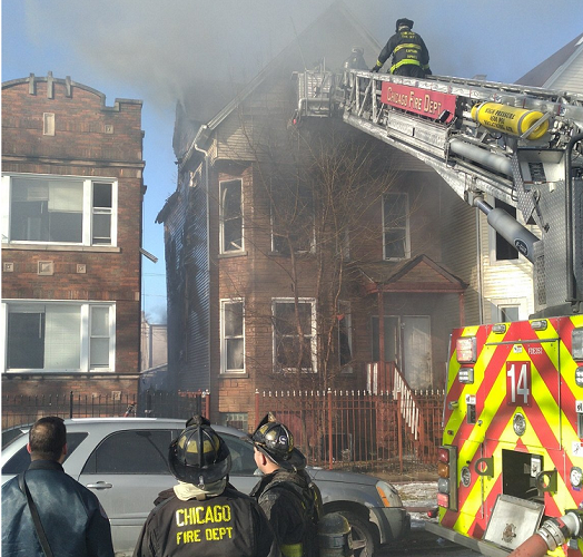 One Dead in Chicago Apartment House Fire